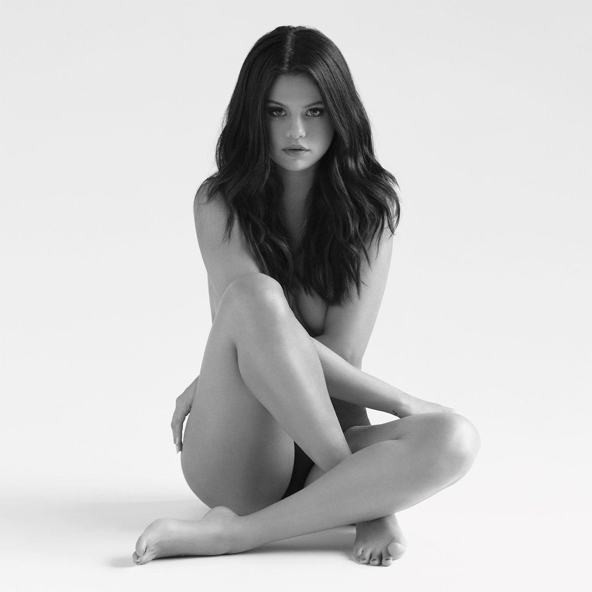 .@SelenaGomez's #Revival rivals Carly Rae Jepsen's #Emotion for breakout pop album of 2015: http://t.co/kTCEZWVlf2 http://t.co/qpLTCBPedX
