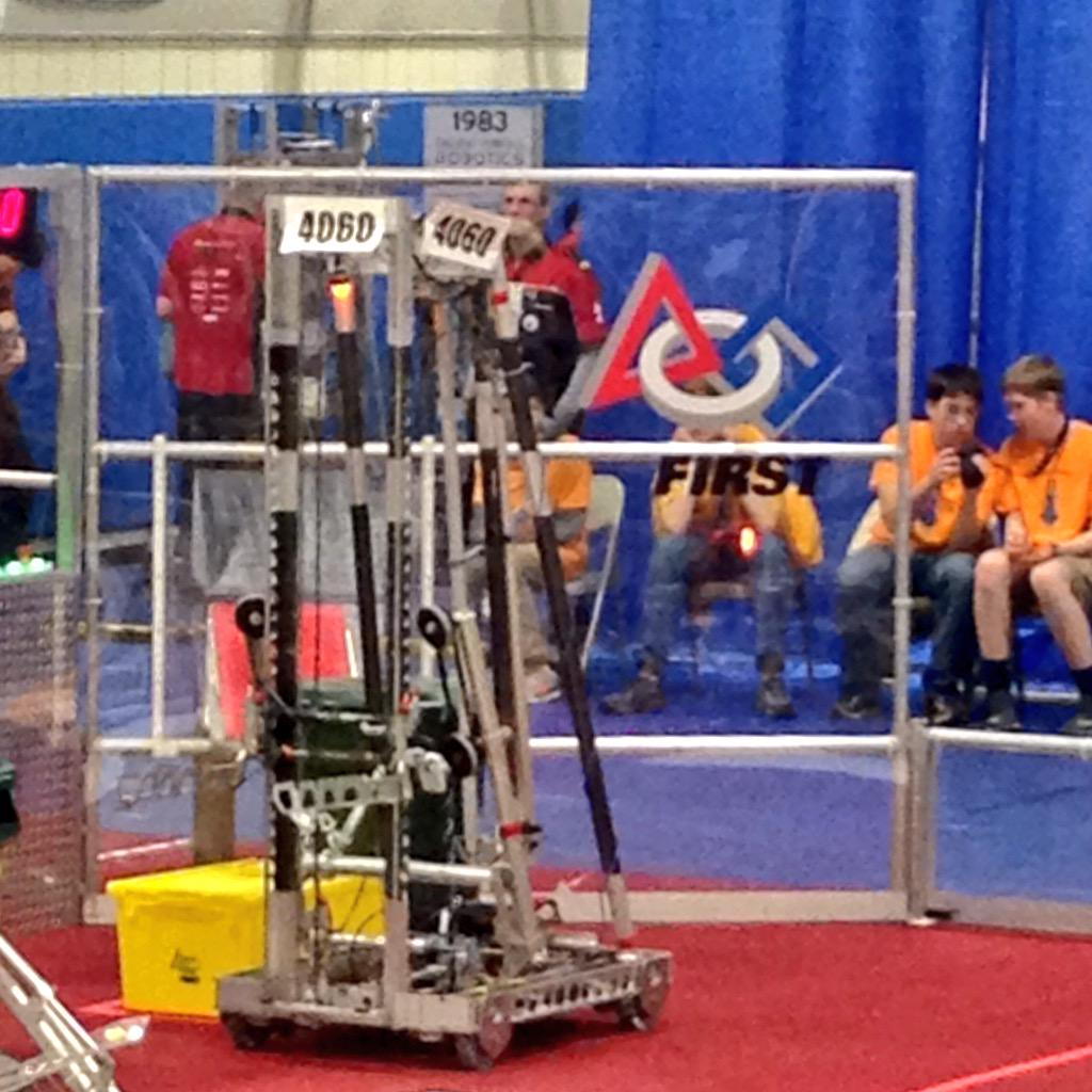 After the team's second match, SWAG now has an average qualification score of 37.50 points! #omgrobots http://t.co/oVV6E1usma