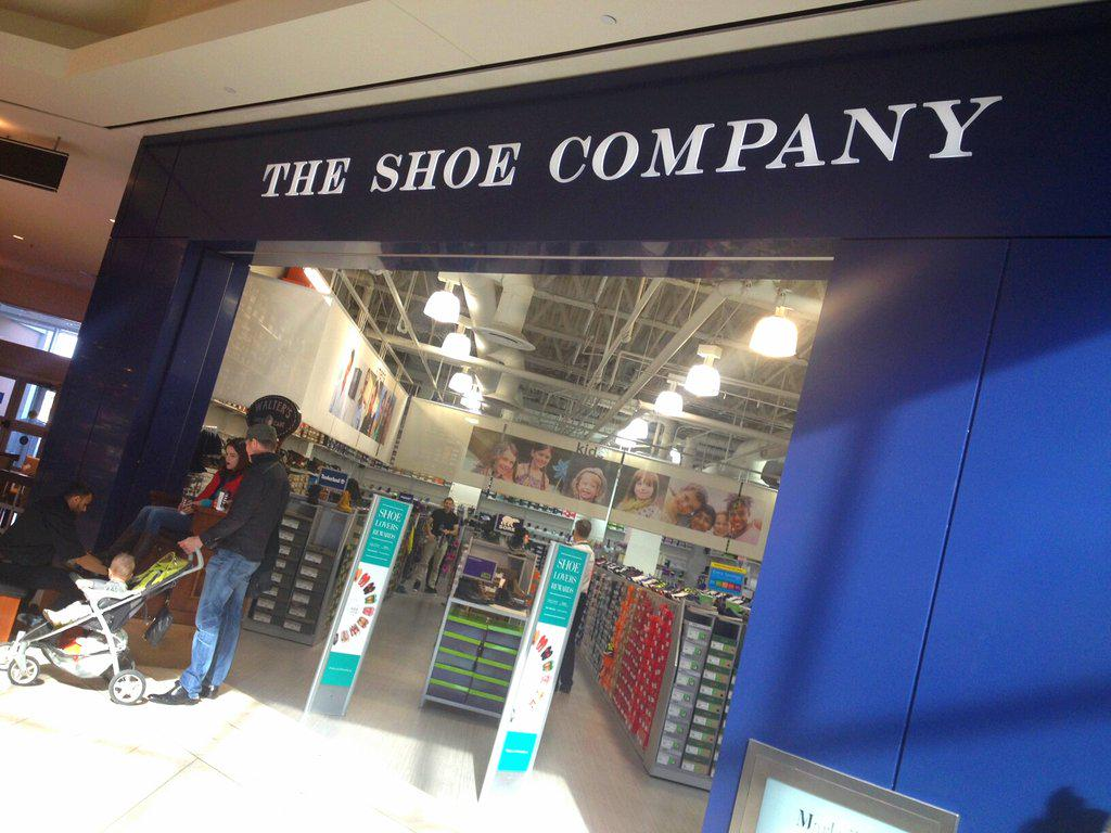 shoe company markville