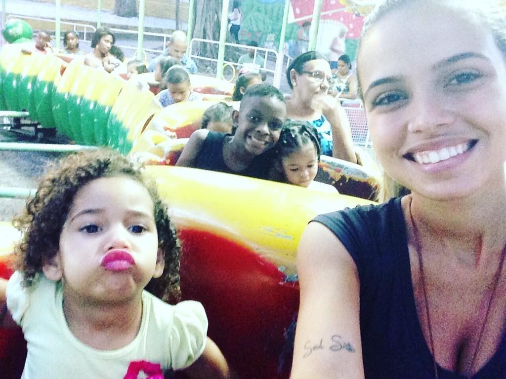 Minha família! #MaiorBem #Guardados #Selados ❤️ http://t.co/hb5Dzs1OJG