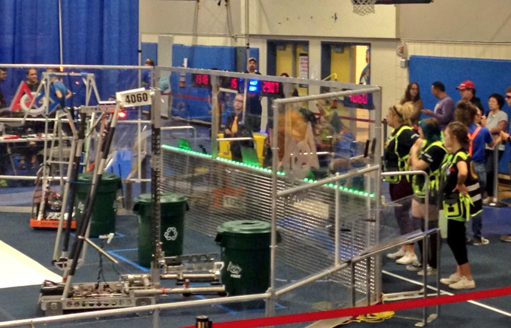 Team SWAG is ready for its sixth match of the day! #omgrobots http://t.co/uoHd2JSMN4