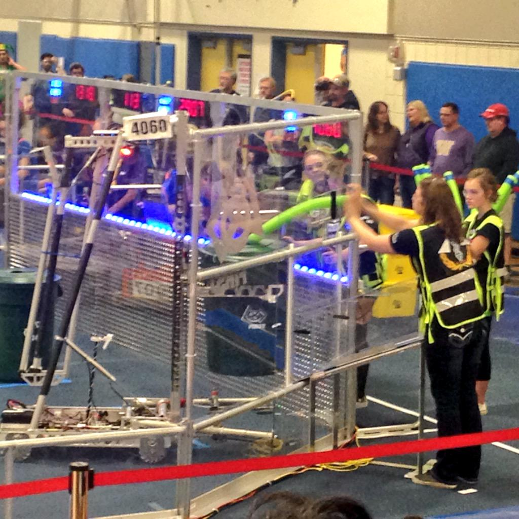 SWAG's alliance got 38 points! With two more matches to go, Team SWAG is now in 13th place with an average of 47.66. http://t.co/LXMHKSEsdd