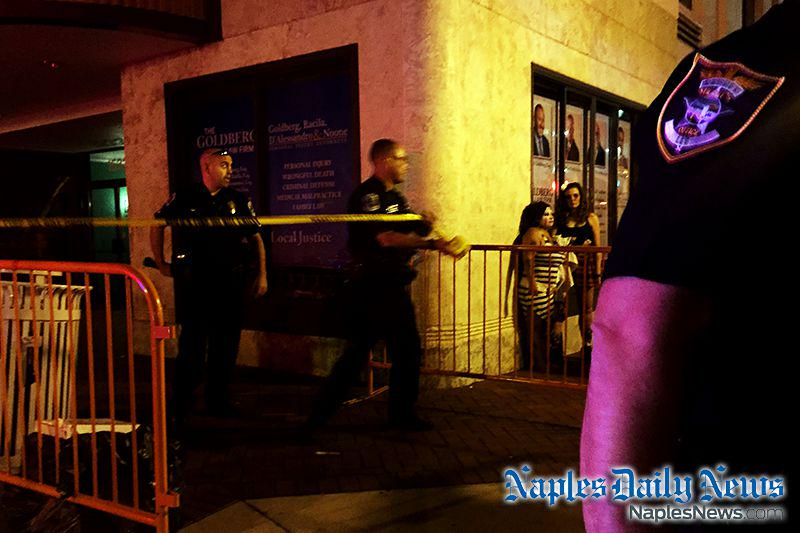 Authorities investigating possible shooting at ZombiCon. Watch video from scene: http://t.co/8tW1yYxAkG #SWFL http://t.co/uah0u66Ld3