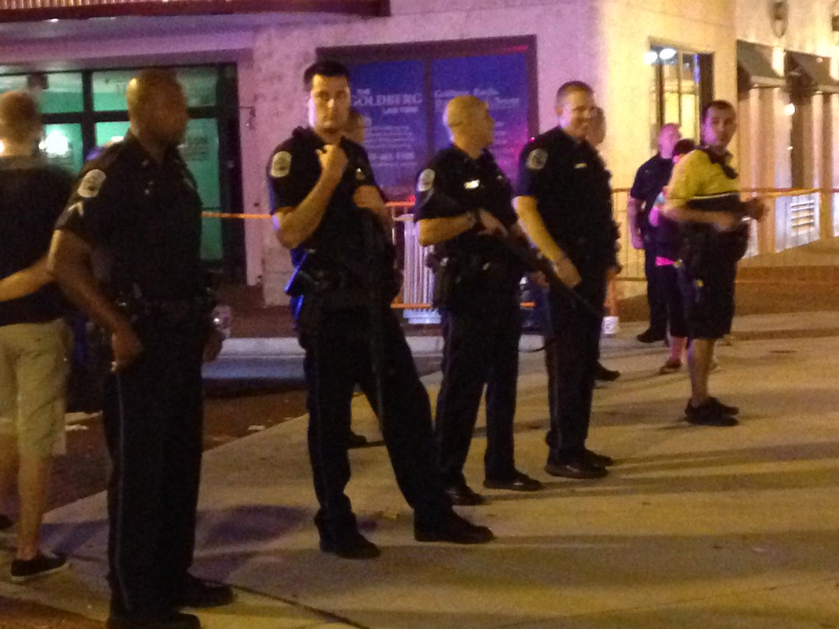 1 killed, 4 injured in shooting at ZombiCon, police say. Suspect still at large http://t.co/qY2JVXMpfG http://t.co/0WRPwHeqEB