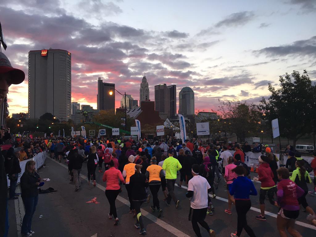 You can't beat a view like that. #cbusmarathon #asseenincolumbus #LifeInCbus http://t.co/9JM11YIz5R