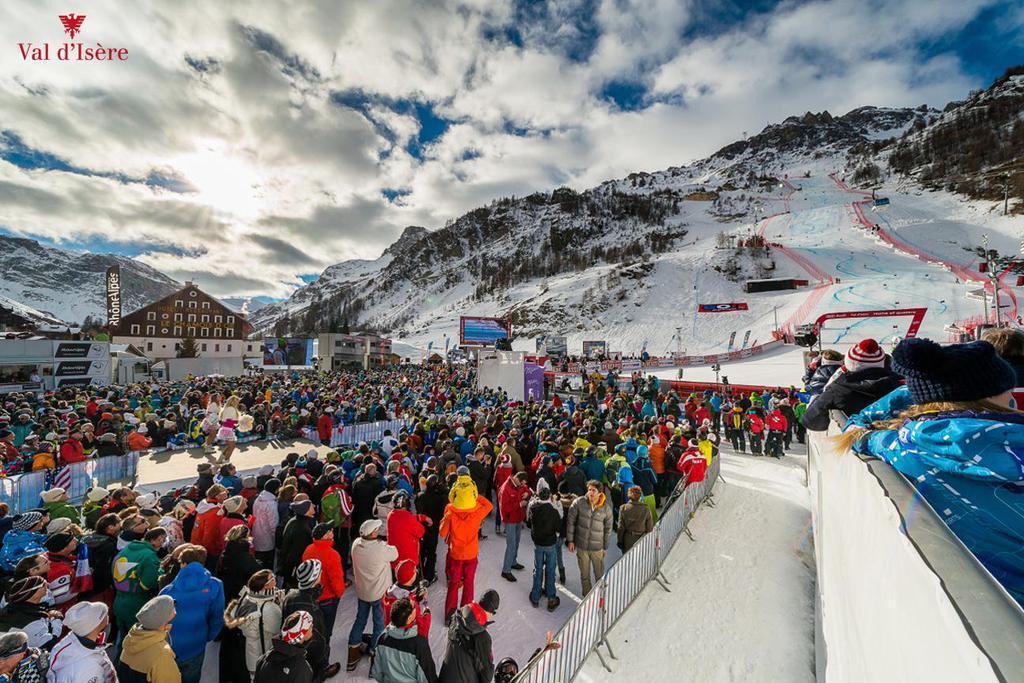 Le topic du ski et des sports d'hiver saison 2015-2016 - Page 2 CRnO0QLW0AAhCSH