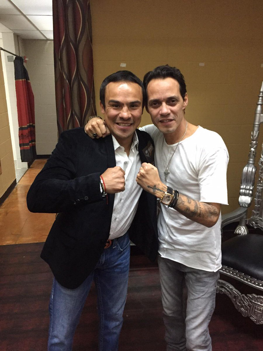 Check out who came to see me tonight. @jmmarquez_1, one of the greatest Mexican fighters of all time! #McAllen Texas