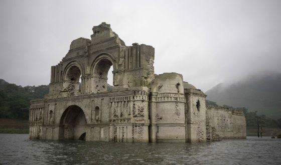 Viaggiare in Messico: riemerge la Chiesa di Quechula in Chiapas - VIDEO