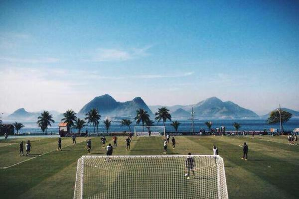 This pitch is more attractive than most people I know...