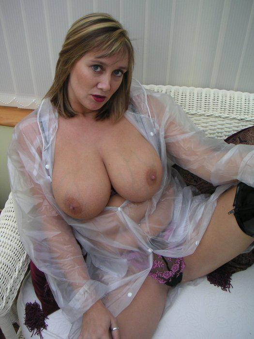 Huge Natural Milf Tits