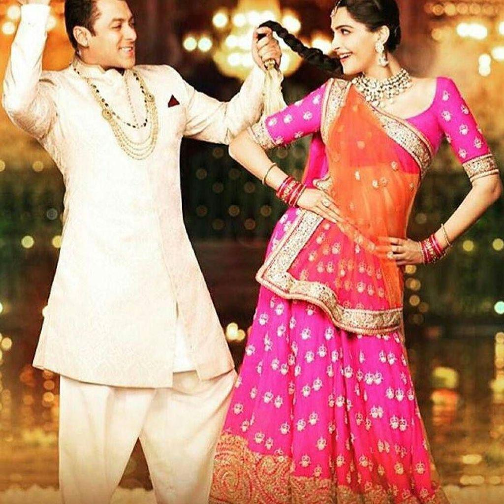 Prem Ratan Dhan Paayo is giving us so many goals.. #sangeetgoals #relationshipgoals #sonam… http://ift.tt/1OEoutMpic.twitter.com/wEZGvovHUj