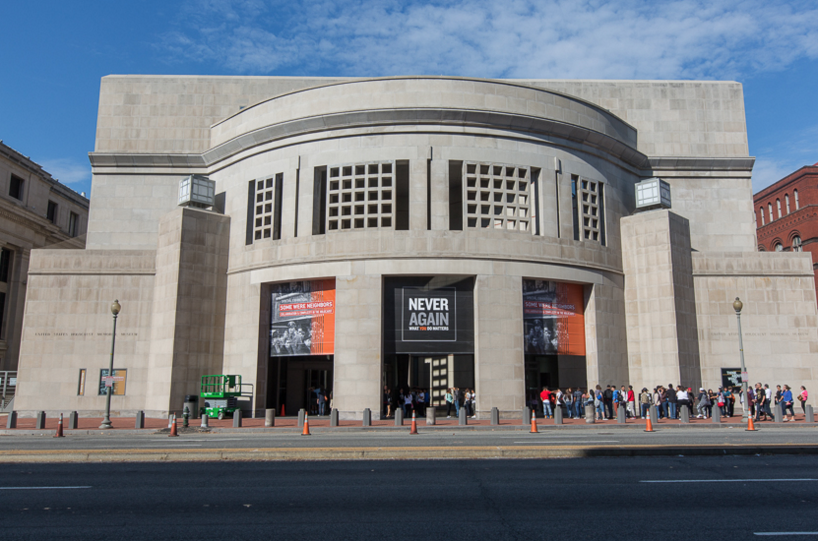 """US Holocaust Museum on Twitter: """"Stay connected with #USHMM by email. -->https://t.co/BtQEKCTzWO #2015Parliament https://t.co/hfLpyodsBG"""""""