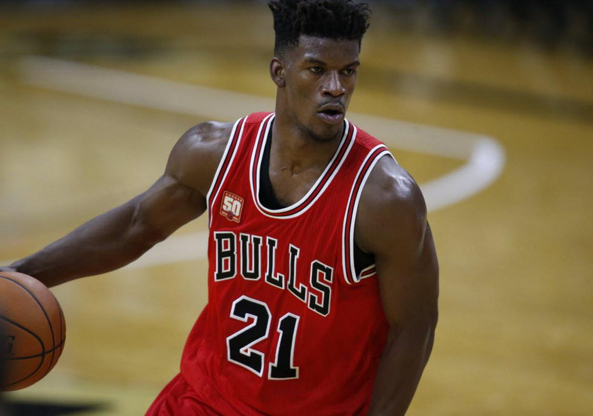 Jimmy Butler removed rearview mirror from his car because he never looks back. #Bulls https://t.co/HaX4pdg8cK https://t.co/pozp9tlxKj