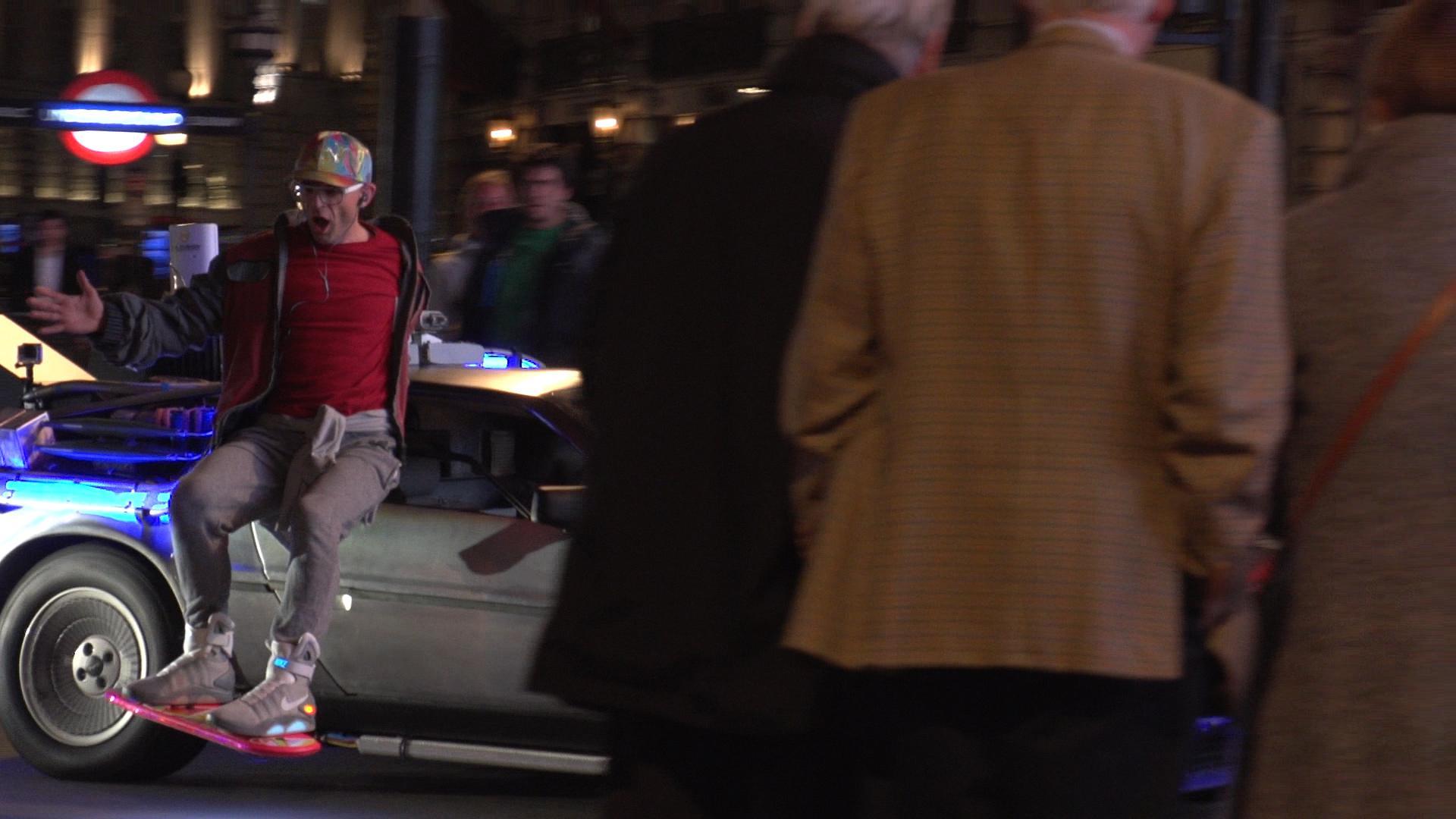 Ховерборд — это не шутка, а средство передвижения будущего | Энджи Гринап Чад Зденек Ховерборд Hendo Ховерборд Фрэнки Запате Нилс Гуэдагнин Марк Хоровиц Дин Кеймен Джинджер Джейсон Брэдбери Джейми Хайнеман гаджеты автомобильные гаджеты воздушный флейборд автогаджеты MagSurf Lexus Slide Franky Zapata Flyboard Air