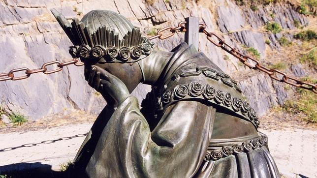 Thumbnail for Informe: Apariciones de La Virgen y Cosas Extrañas de La Muerte