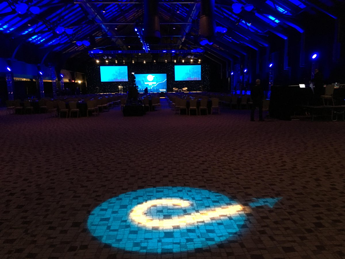 About to get started with the first ever @LeadPages conference #converted15 https://t.co/L3X1qiwfxY