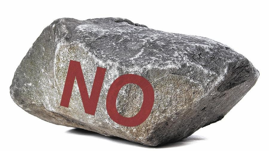 "GOP's best candidate for House Speaker: large rock with the word ""NO"" painted on it. #NoRock http://www.chicagotribune.com/news/opinion/huppke/ct-house-speaker-huppke-20151019-story.html …pic.twitter.com/frg9x000z9"