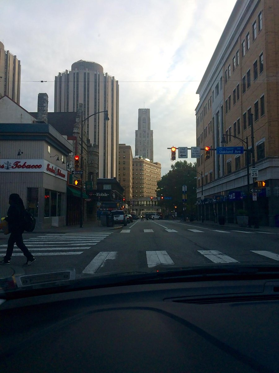 Always love driving through Oakland while in The Burgh. #meetdsonadmit https://t.co/PKsw1D7Zfx