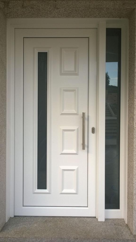 Alex martinez on twitter panel modelo lira 1 vidrio for Modelos de puertas principales minimalistas