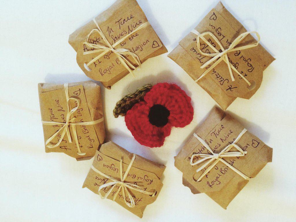 @folksy these are my poppies, they all come wrapped ☺️ #folksyhour https://t.co/kriyv61SPp