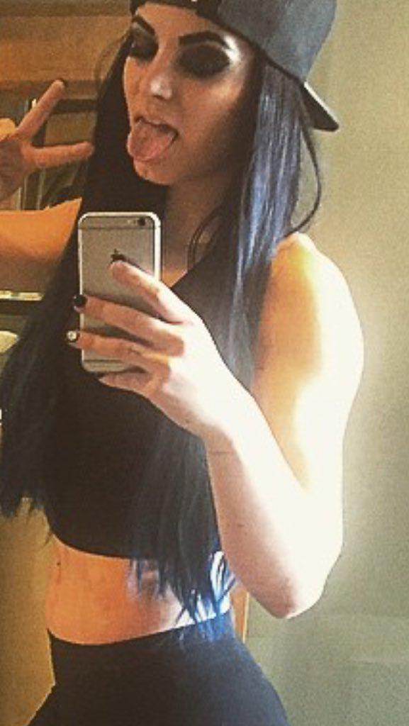 Paige uit Bray Wyatt