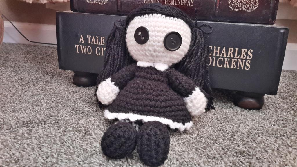 Goth Doll, Amigurumi, Rag doll, Crochet doll, cat doll, cat lover ... | 576x1024