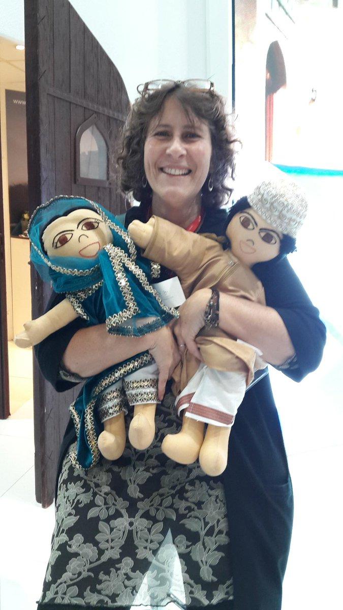 Jamil and Jamila at #WTM15 @Oman_Tourism_UK #OmaniDolls Cute! https://t.co/kdh2eqsEgs