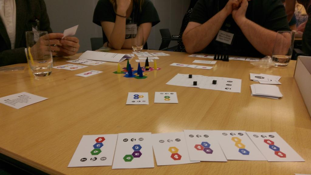 #opendata board game in full swing here at #ODITraining day. Amazing fun! @ODIHQ @JeniT @ellenbroad https://t.co/lTSqwpbc7g
