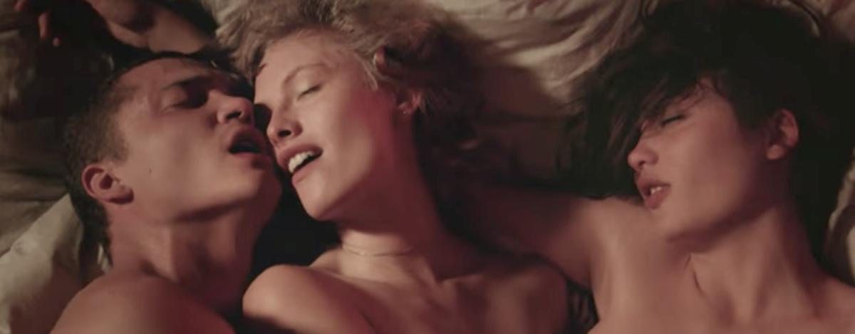 Секс по французкии смотрет