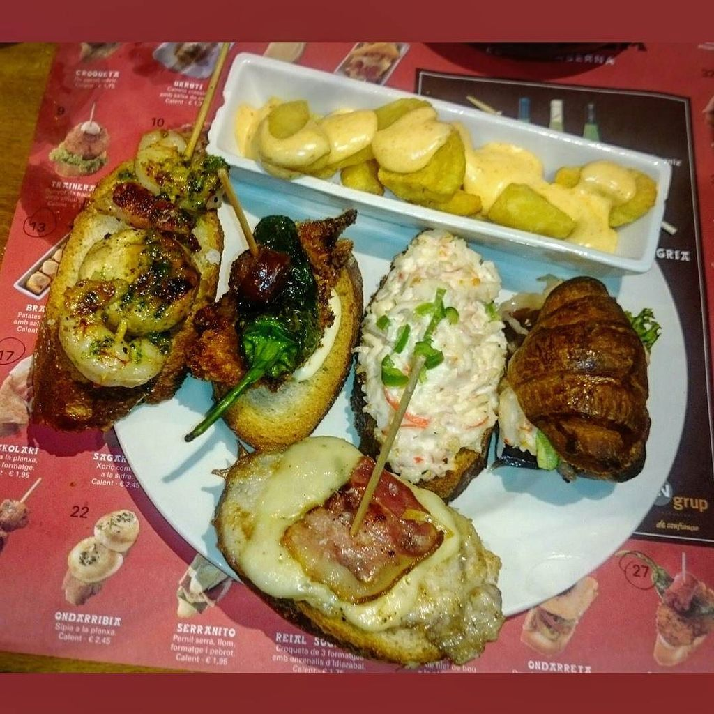 #kya #tapasspain #tapas #txapela #barcellona #barcelona #bcn #españa #spagna #spain #foodo… http://ift.tt/1Q2x7i6