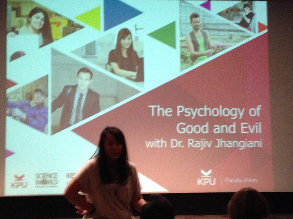 Excitedly awaiting @thatpsychprof 's talk @scienceworldca on the psychology of good and evil. https://t.co/mBM5IctFyV