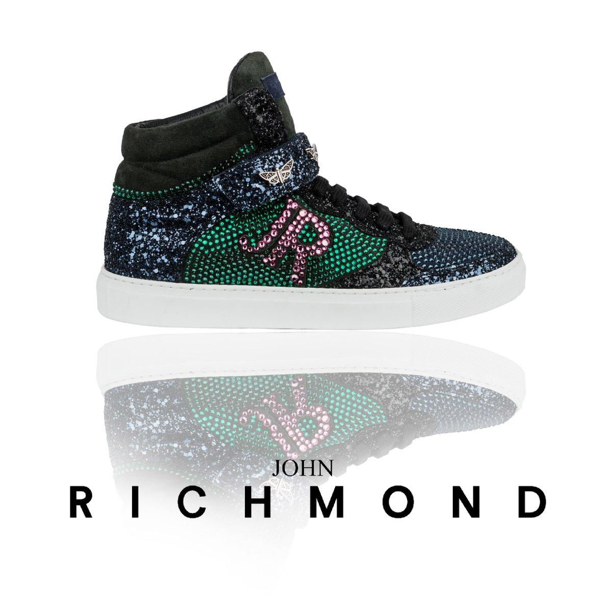 #johnrichmondofficial #shoes #sneakers #fw1516 #sparkling #glitter #fashion #glam https://t.co/J5qZpmkUIF