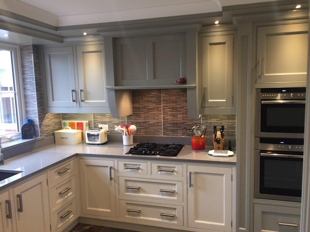 New Bespoke Kitchen Hand Painted.pic.twitter.com/ybh5XNMX6F