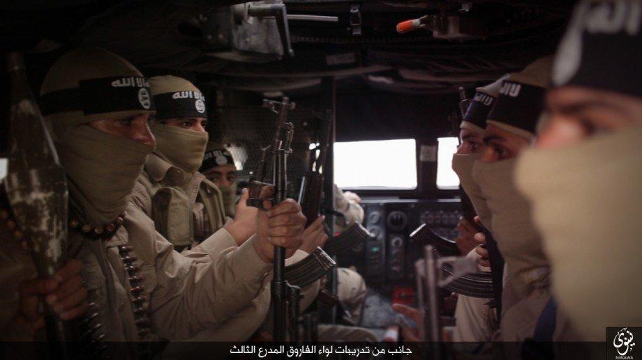 IRAQ - Fight on Islamic State: News #1 - Page 32 CS6Q8UkW4AQWTF8
