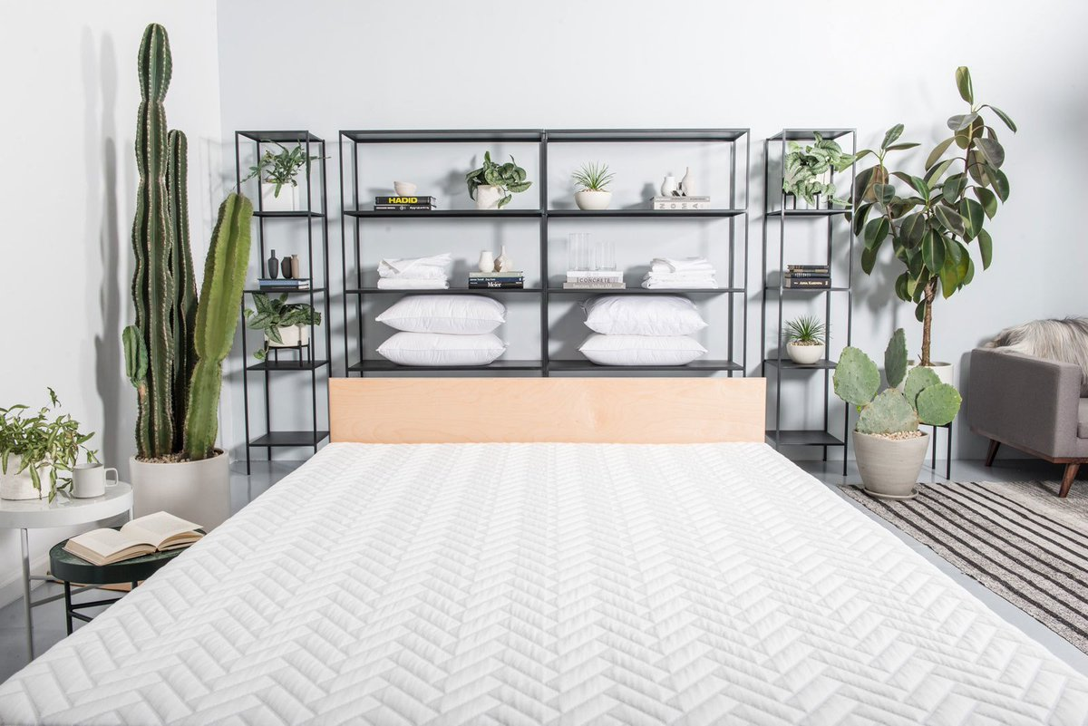 Mattress start up @WakeUpWright teams up with @trnknyc to create a bedding pop up shop! https://t.co/hTUNWpQEeH https://t.co/kDqPSHkxv1
