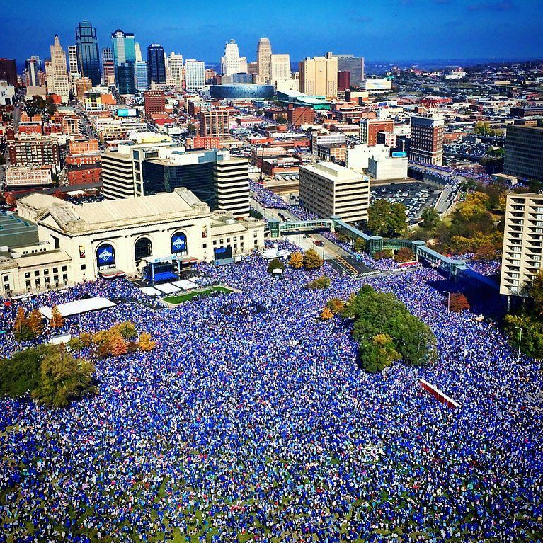 The amount of people at the #royalsparade celebrating the #WorldSeries... It's crazy. #blueoctober https://t.co/ypRey95bx2