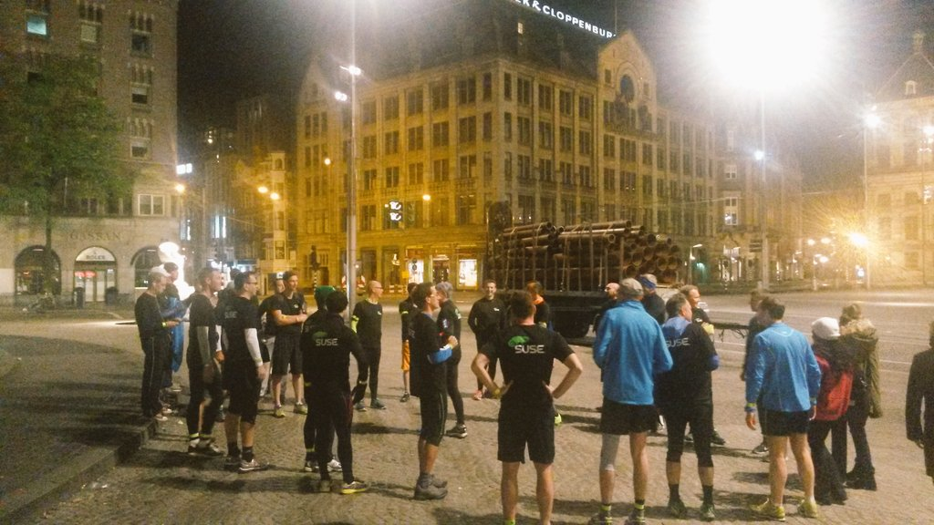 6am in Amsterdam, ~30 #SUSECon attendees getting ready for a refreshing 8k morning run. Chapeau. @SUSE https://t.co/BoBSKrO0ib