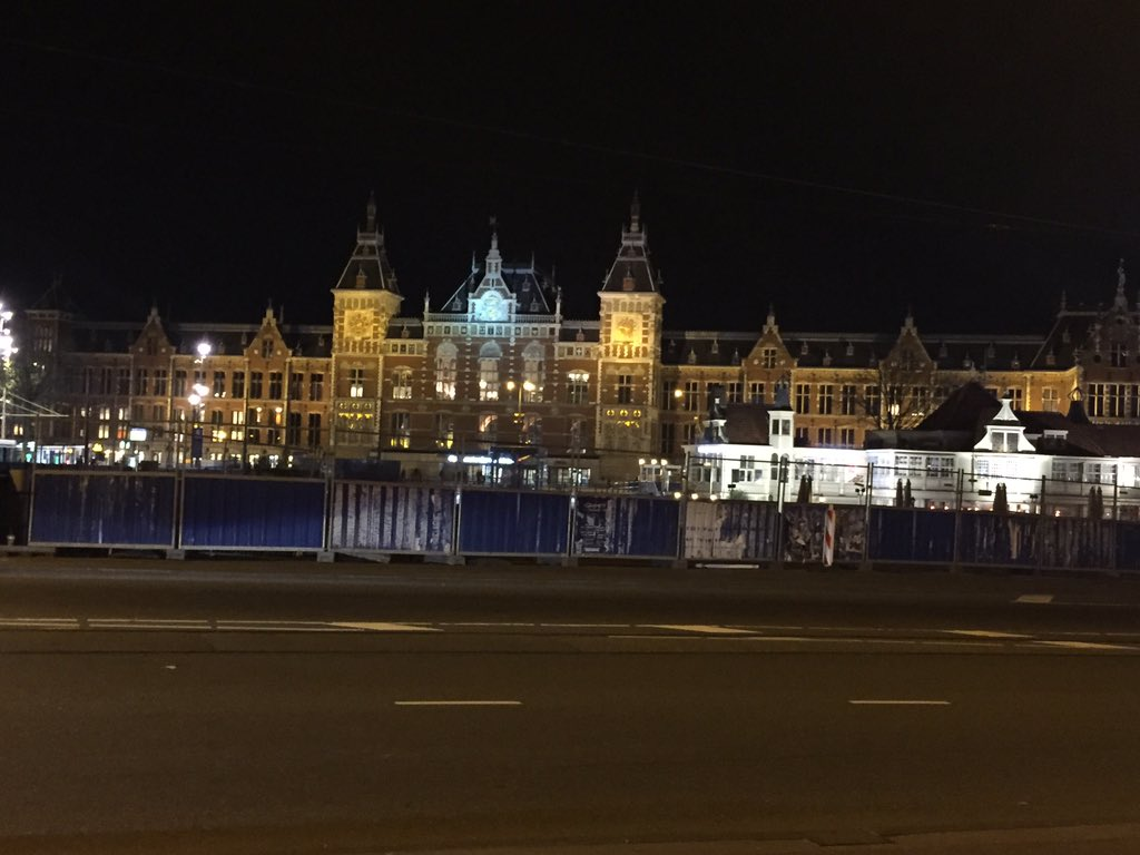 #amsterdam is hosting a great #SUSECon #SUSECon2015 ready for day 2 https://t.co/sV8V2x6Jcm