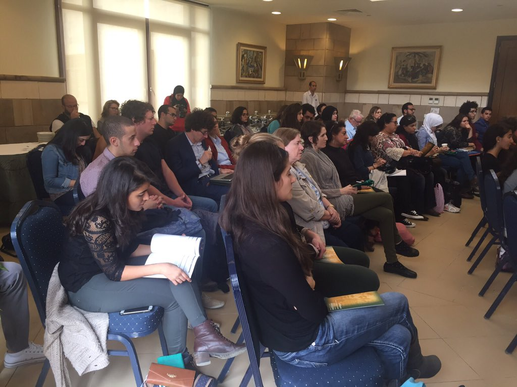 The audience, composed of students and faculty members, are carefully listening to Dr. Gazo. #AUC https://t.co/iEFmKoIp9s