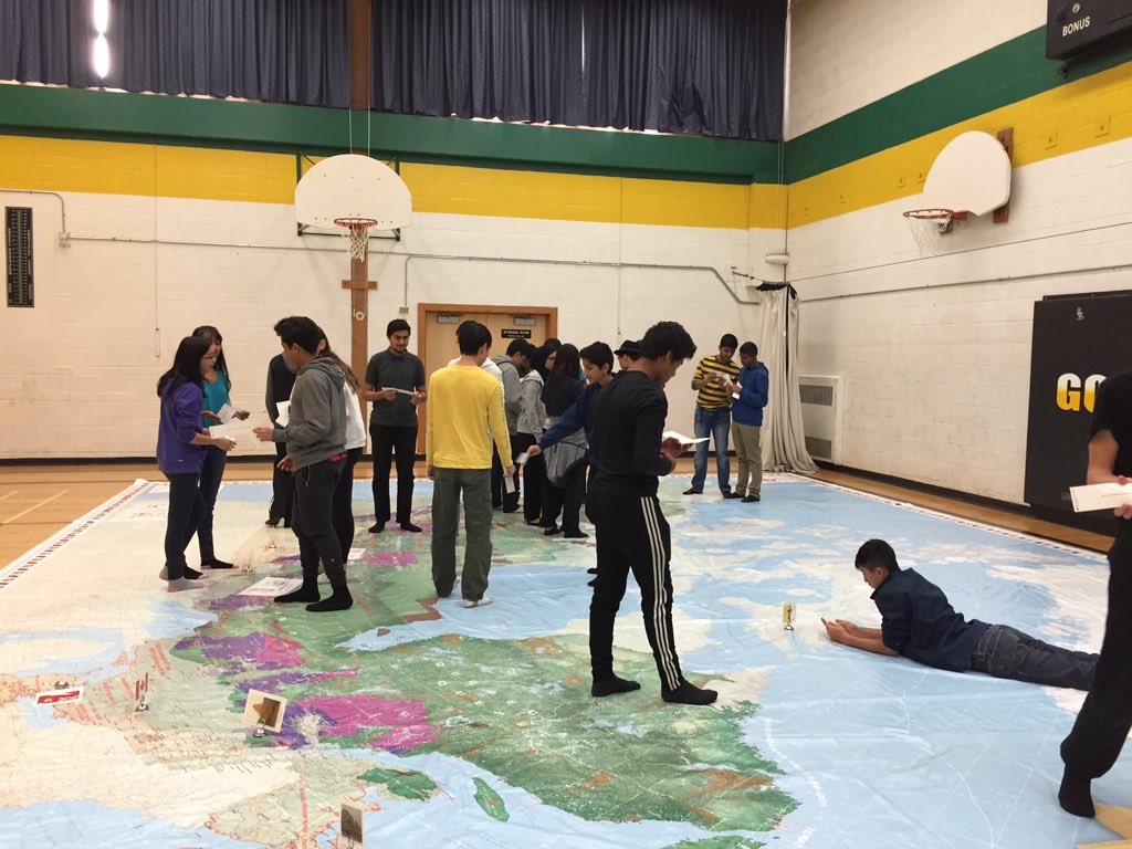 Exploring the Boreal Forest giant map of Canada in Gr9 Geography @GraydonHawks https://t.co/aEMwPr7hTE