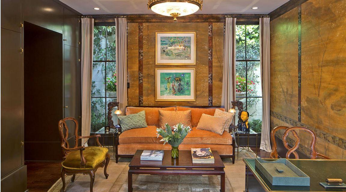 A Glamorous Hollywood Regency Style Estate Designed By John Elgin Woolf Via Lathotproperty Scoopnest