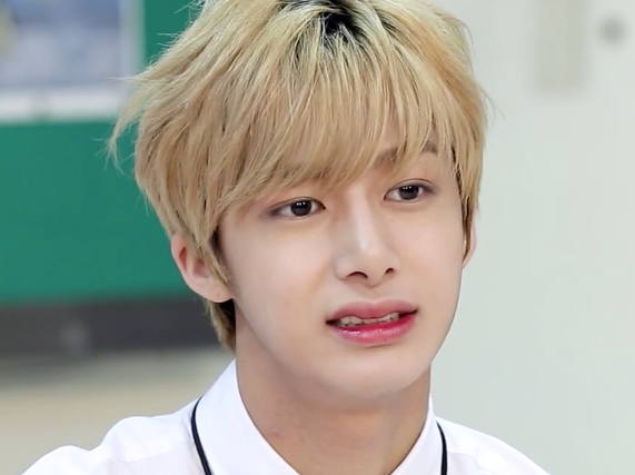 CSF0TNfWUAAwD4H appreciation] hyungwon is a walking, talking meme celebrity