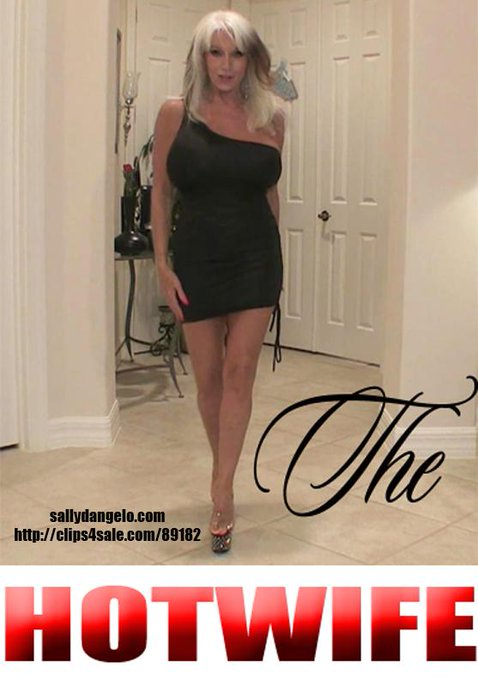 #cuckoldcleaning #cuckold   find me at https://t.co/urG0Uc3bLp   #milf  #hotwife https://t.co/7HyuDL