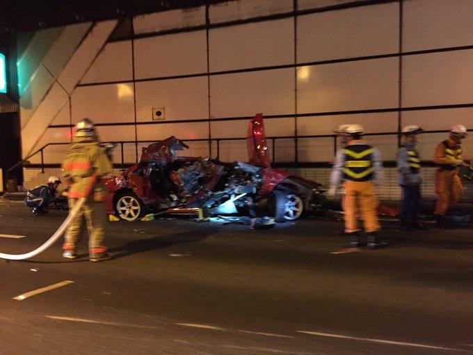 阪神高速湾岸線で多重衝突事故、1人死亡1人重傷( …