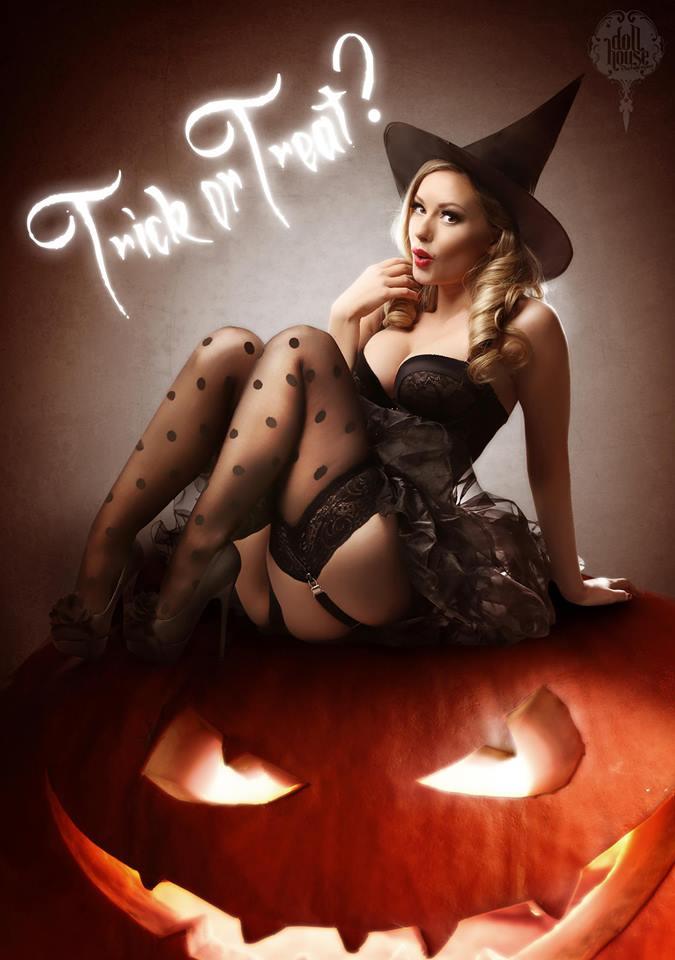 Sexy nude halloween photography — 12