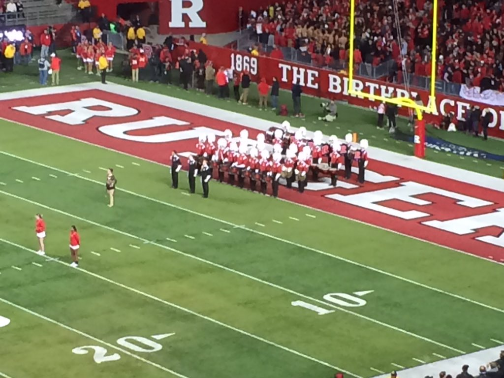 Rutgers band, aka TSDBITL (the smallest damn band in the land) https://t.co/Gjgd7Ck0Fz