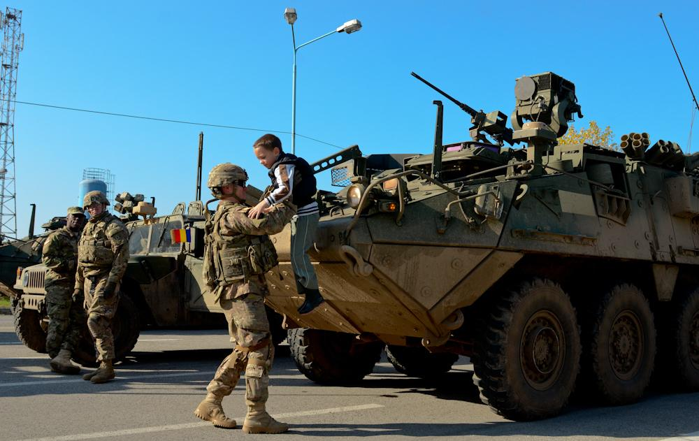 NATO/US Military Build up in Eastern Europe-Russian borders - Page 6 CSJTv7mXAAAYzqh