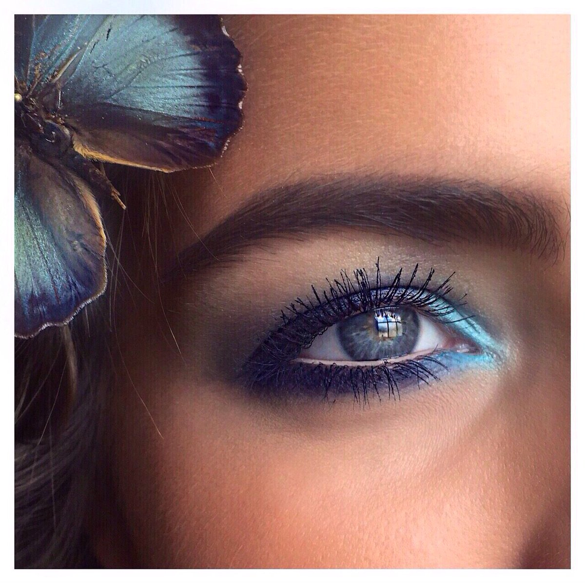 Samoa Cosmetics On Twitter Beautiful Aqua Colored Makeup For Irresistible Blue Eyes Green Eyes Can Do The Same With Green Eyeshadow Samoa Https T Co Squqf39sc0