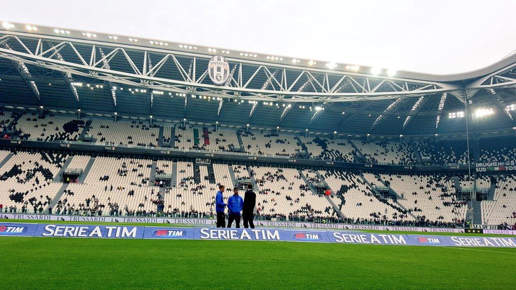DIRETTA Calcio TV Oggi: da Sassuolo-Juventus a Napoli-Palermo, info Streaming Rojadirecta