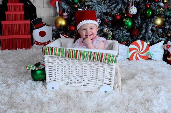 Last chance to win a photo hamper inc mugs  for Xmas https://t.co/0ewDlb1IXq #competition https://t.co/Z3vAyYciCq